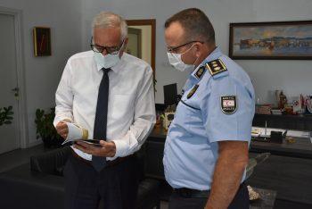 Girne Police Director Karagil Visited Mayor Güngördü (2)