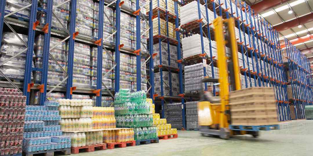 Warehouse-and-lifter.jpg?resize=1080%2C540&ssl=1