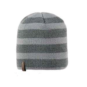 czapka-meska-szara-jasna