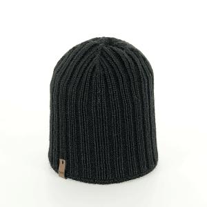 czapka-mlodziezowa-zimowa-czarna