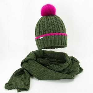 damski-zimowy-komplet-czapka-z-szalikiem-zielony