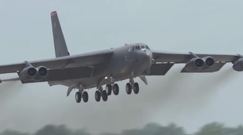 B- 52 przyleciały z USA do UK – bębny wojny coraz głośniejsze.