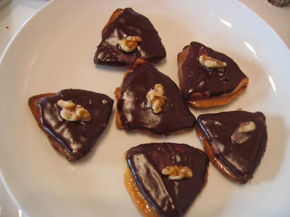 Czech Christmas Cookies: Walnut Tarts /Orechove Dorticky