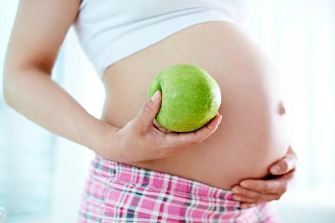 Ciąża miesiąc po miesiącu