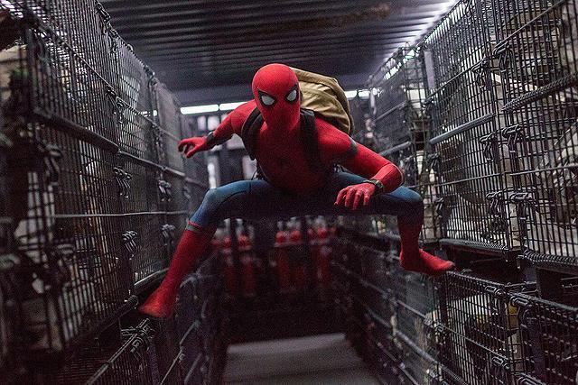 スパイダーマンユニバースの一場面