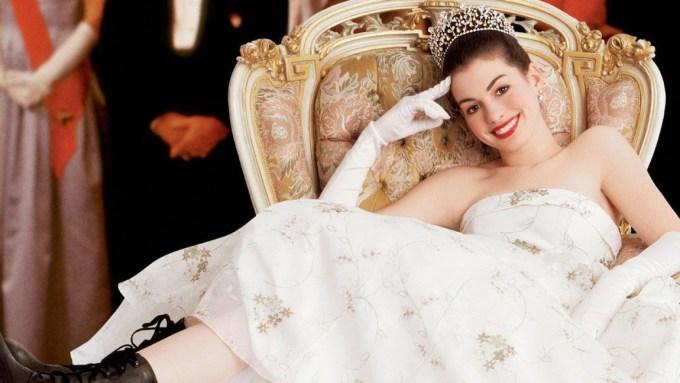 映画シリーズ『プリティ・プリンセス』の主人公ミア役アン・ハサウェイの画像