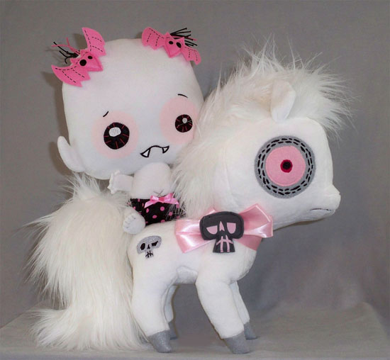 vamplets_ghost_pony