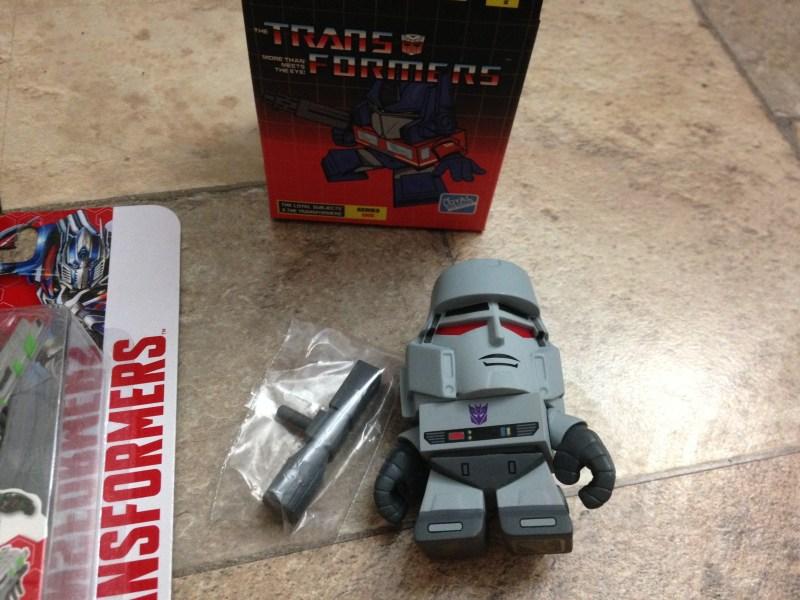 lootcrate-transformers-june-3