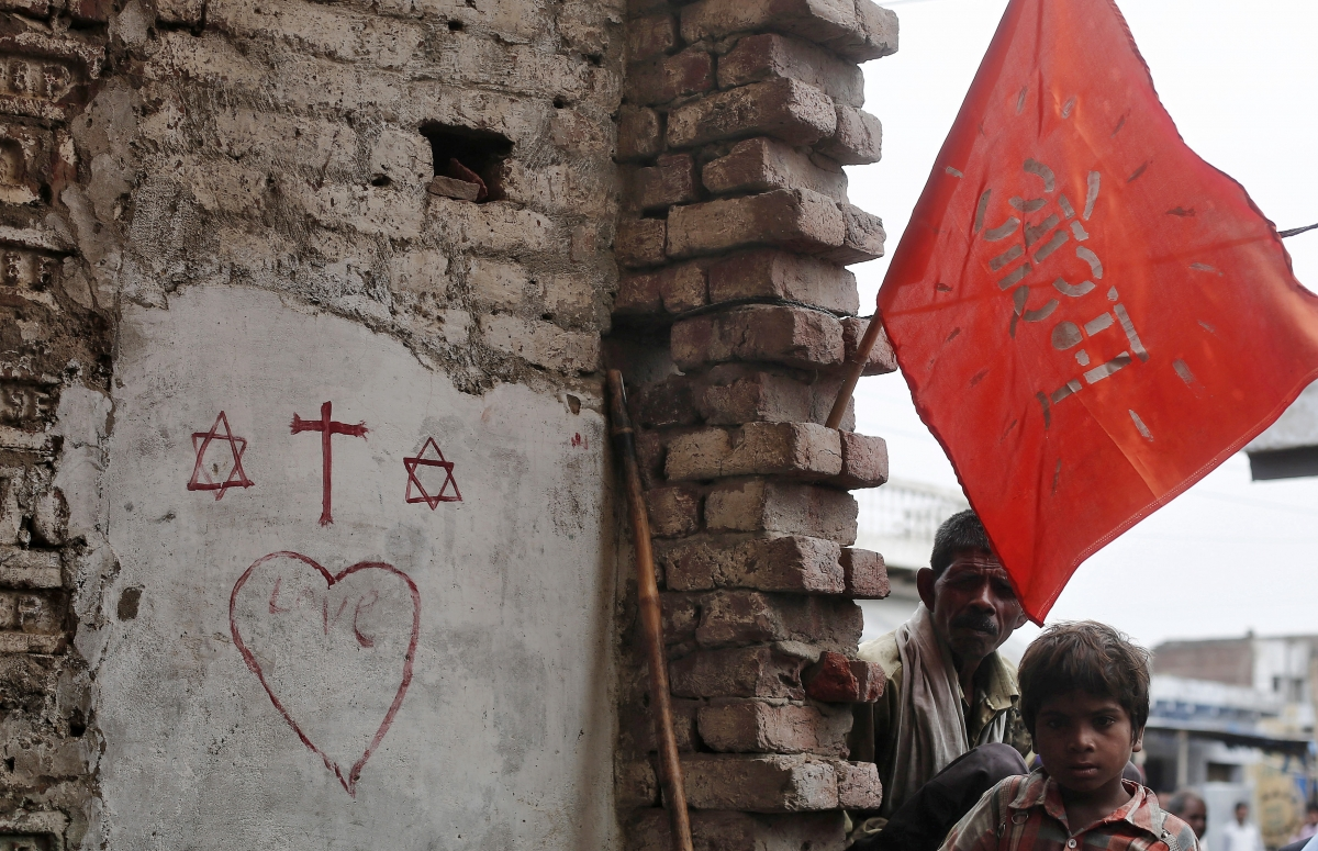 Indian police ban Christian community from holding religious services