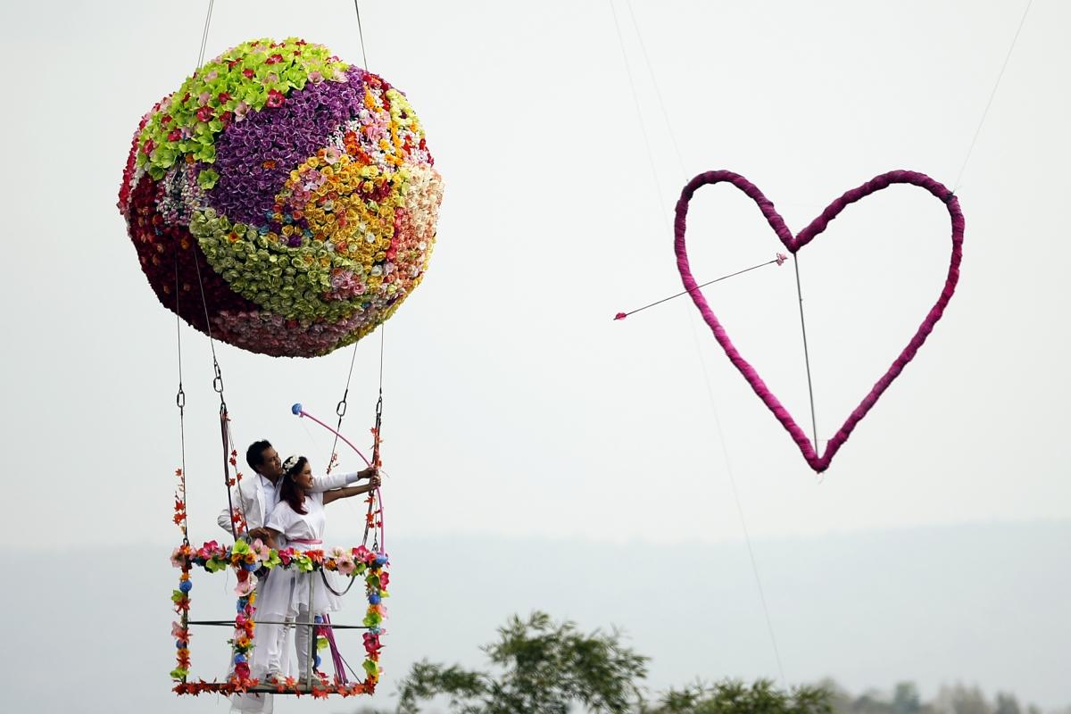 Valentine S Day Around The World Photos