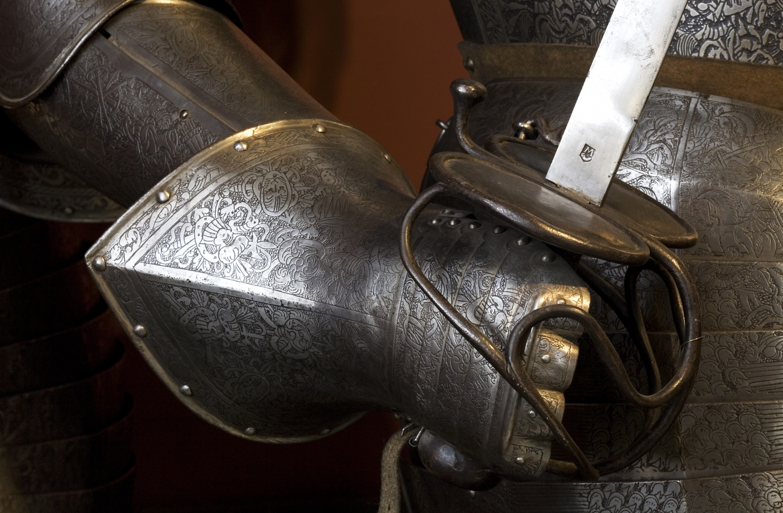 Discovery Of Extraordinary 14th Century Sword Hints At