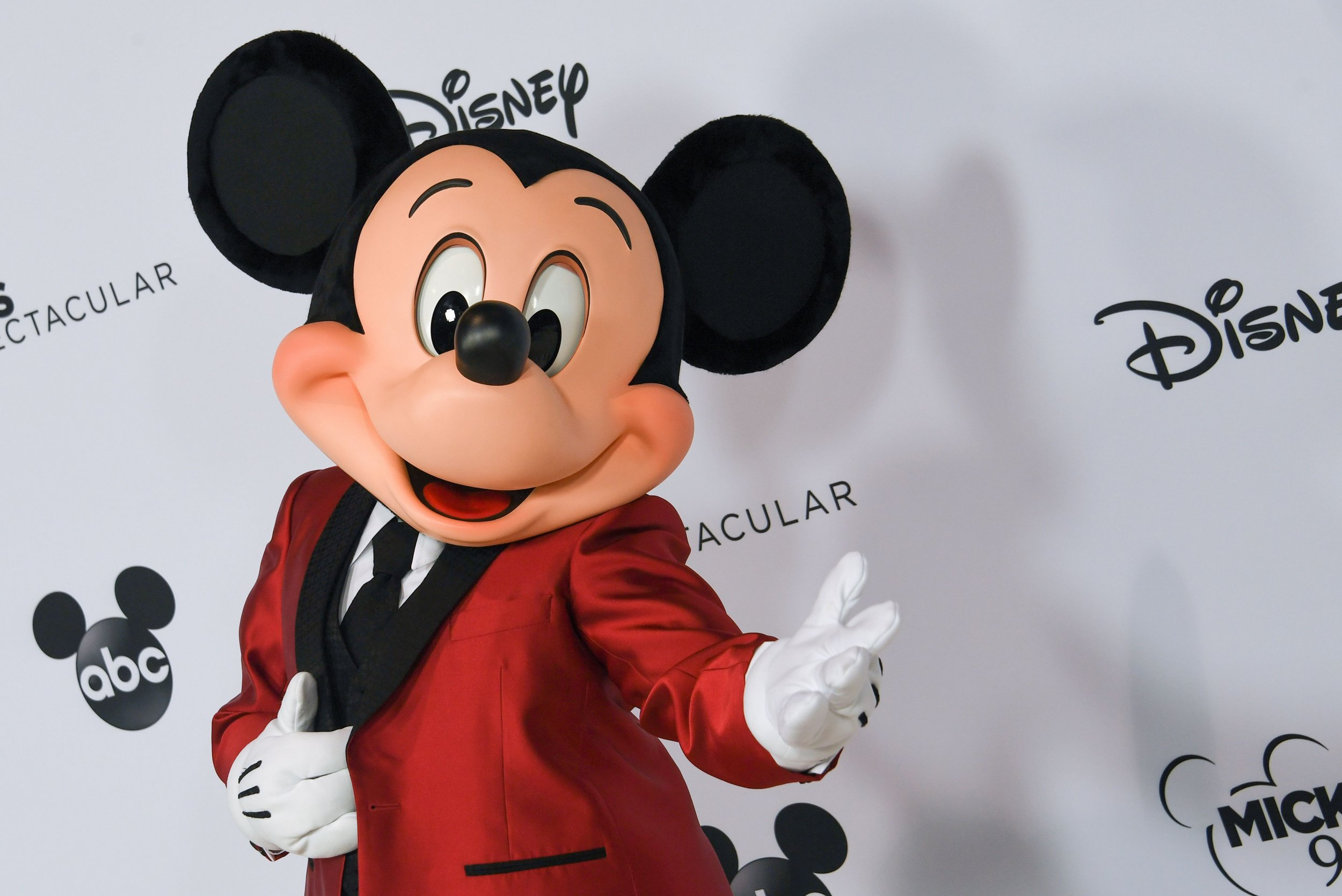 Mickey Mouse S 90th Birthday Facts Quotes About Walt Disney S Iconic Character
