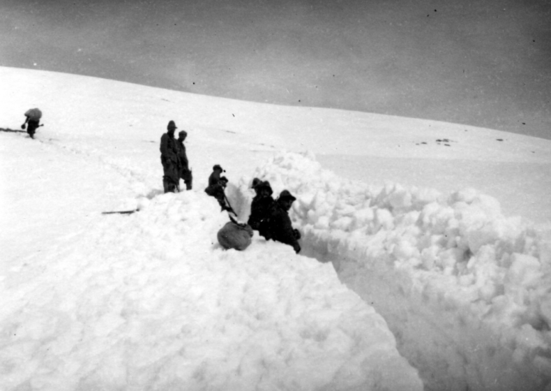 1941: Ides of March blizzard
