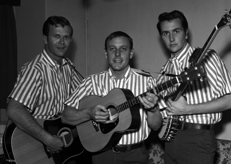 1959: The first Best Country and Western Performance Grammy Award is presented
