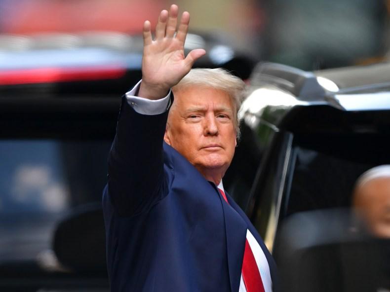 donald trump leaves Trump Tower