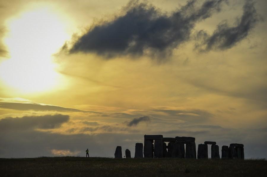 Watch Summer Solstice 2021 from Stonehenge Live Online