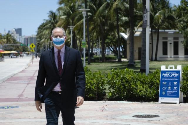 Miami Beach Mayor Dan Gelber DeSantis covid