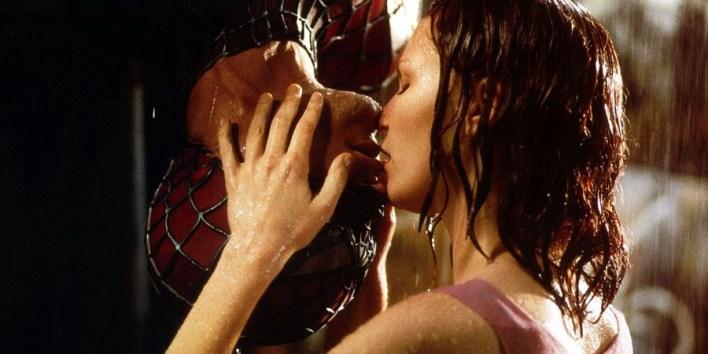 Spider-Man kiss scene