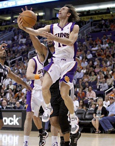 Phoenix Suns' Steve Nash Drives