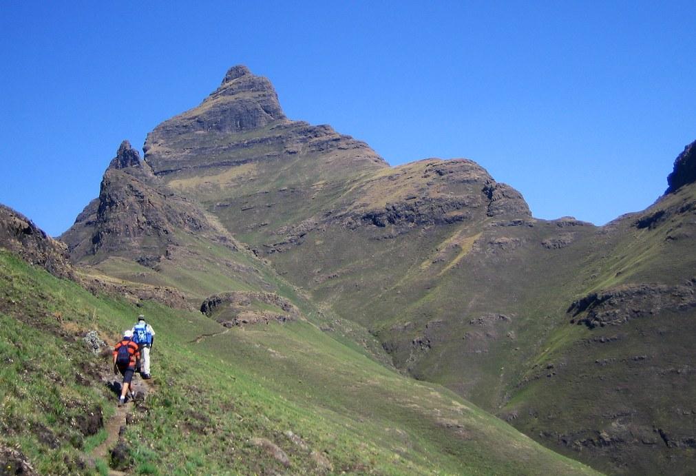 Cathedral Peak 3005 M9858 Ft Drakensberg KwaZulu
