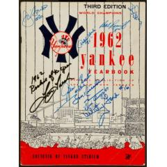 Bigtimebats Com 62 Yankees Yearbook With Player Autographs
