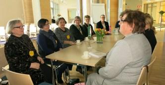 2015-03 Piirin puheenjohtaja, Tuula Karvisen vierailu klubissamme järjestyi mukavasti piirikokouksen jälkeen.