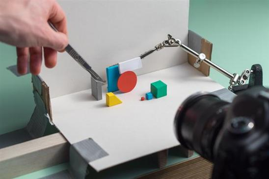 analogue-loaders-is-playful-3d-printed-stop-motion-homage-to-the-dreaded-loading-screen-2