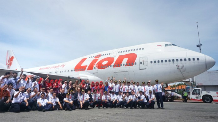 Pictures Lion Air Retires Indonesia S Last Boeing 747 400 News Flight Global