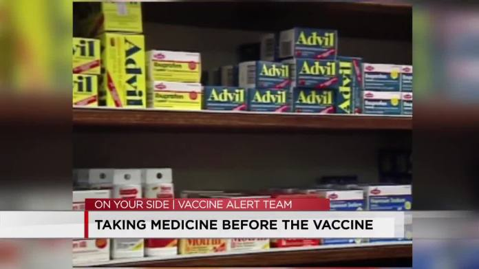 Experts: Avoid over-the-counter painkillers before getting COVID-19 vaccine