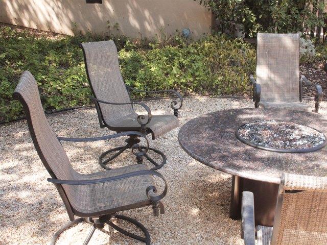 clean patio furniture for winter storage | homezada