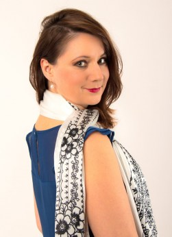 Adela Designer Schal kaufen social fashion