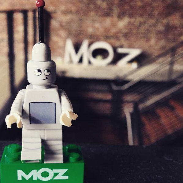 Lego Roger Mozbot