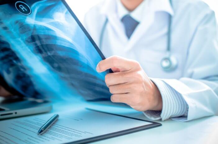 Five Points Menentukan Dokter Internis Ternama Bagi Menangani Penyakit Pada