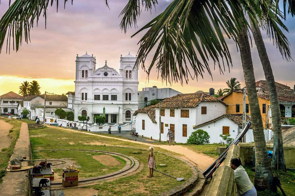 Inside The Galle Fort Photo Shutterstock