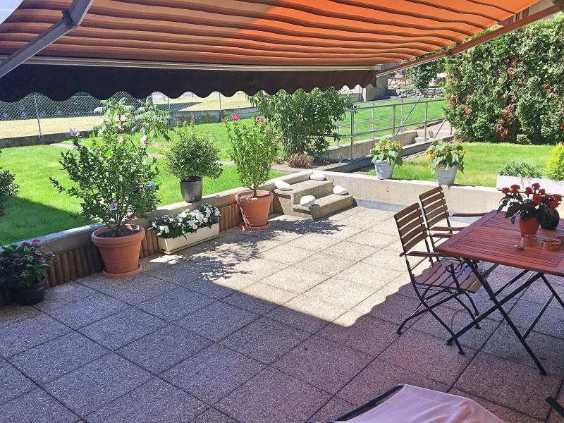 Chambre Dans Un Grand Appartement Avec Jardin Partager