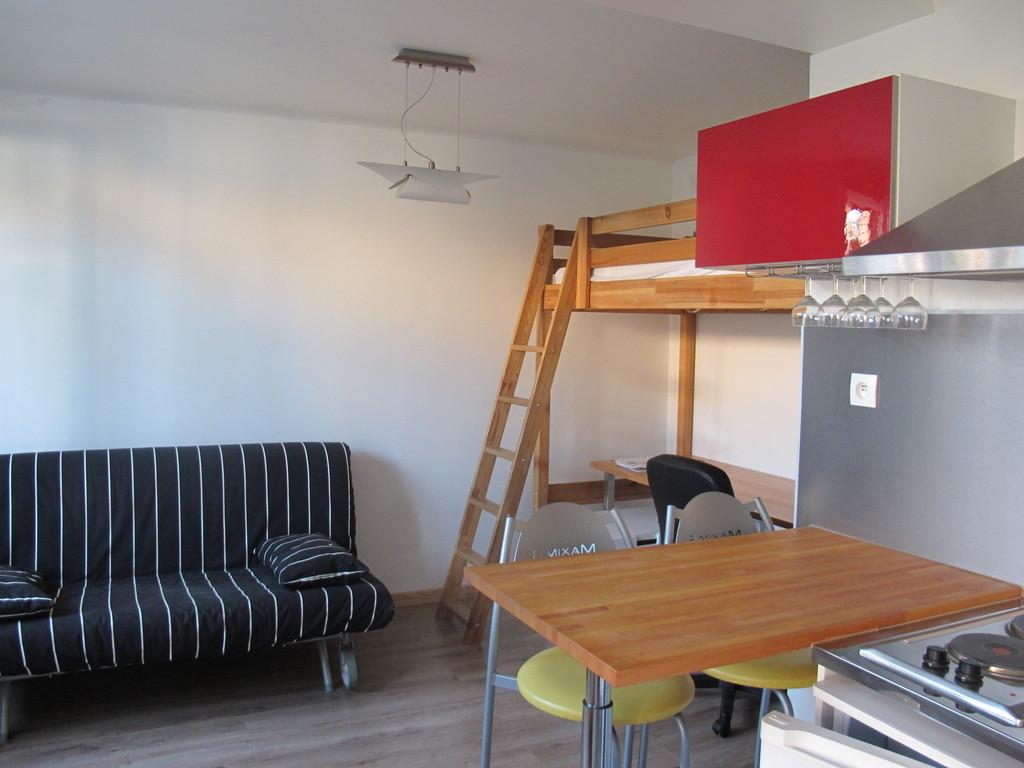 montpellier quartier des facs loue studio meuble dans maison a