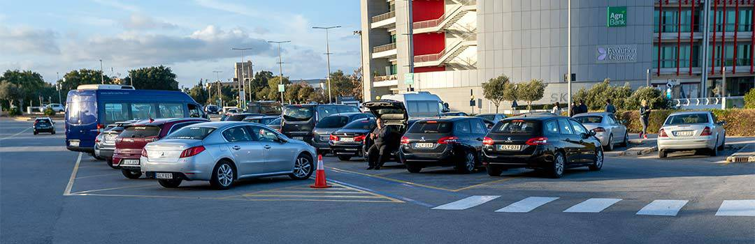 Malta Airport Transfer by Taxi or Shuttle Bus - Best Rates