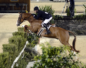 Scott Stewart on Garfield at the 2011 USHJA International Hunter Derby Finals