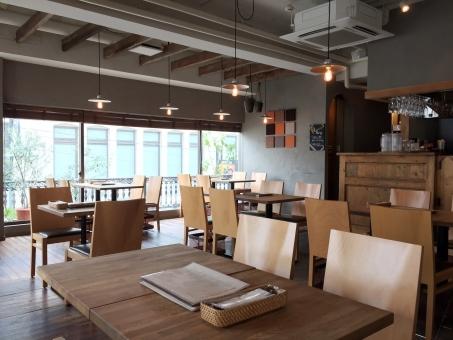 椅子 休憩 コーヒー 珈琲 女子 紅茶 ティータイム テーブル ゆったり 素材 カフェ ゆっくり 店舗 レストラン ランチ ティー 飲食店 テラス 喫茶店 店 おしゃべり おいしい