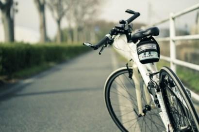 サイクリングの写真素材|写真素材なら「写真AC」無料(フリー)ダウンロードOK
