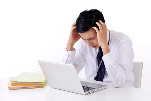 「パソコン 悩む」の画像検索結果