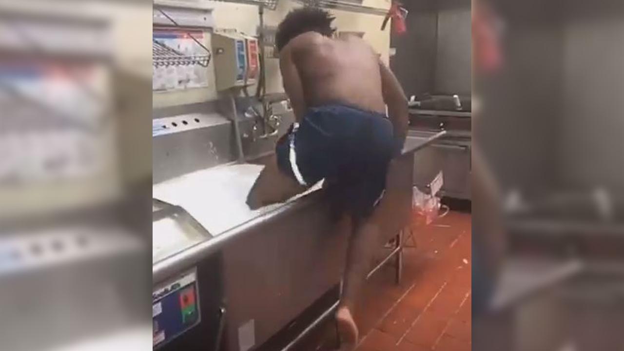 https www ajc com news national video appears show man taking bath kitchen sink florida wendy dz0ggyore7lxzfvtvdnzlk