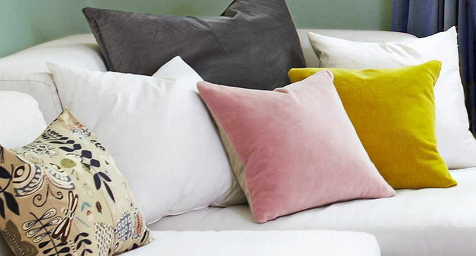 How to Arrange Sofa Pillows  A Design Insider s Guide  Consider Your Pillow Problems Solved