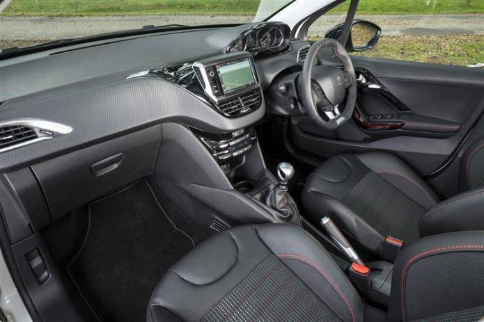 Peugeot 208 2015 2019 Used Car Review Car Review Rac Drive
