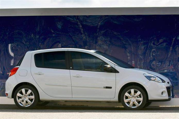 Renault Clio Iii 2009 2012 Used Car Review Car Review Rac Drive