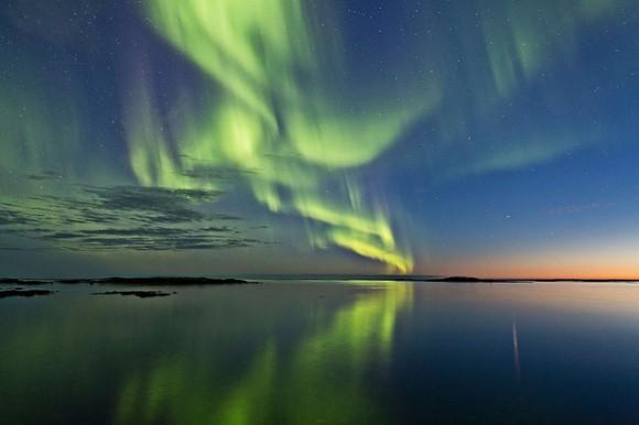 Una aurora visto en Noruega el Aurora Borealis del 2 de septiembre de 2013.  Crédito y copyright: Frank Olsen.