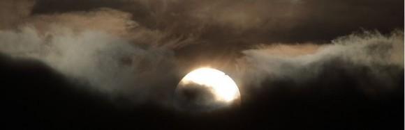 """El Premio Sir Patrick Moore a la mejor actriz en el fotógrafo Astronomía del año 2013 va a Sam Christopher Cornwell por su """"Tránsito de Venus, la tumba de Foxhunter, Welsh Highlands.  Crédito y copyright: Sam Christopher Cornwell."""