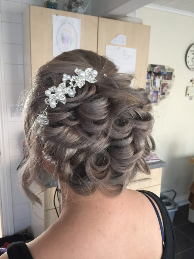 lincolnshire bridal hair   bark profile