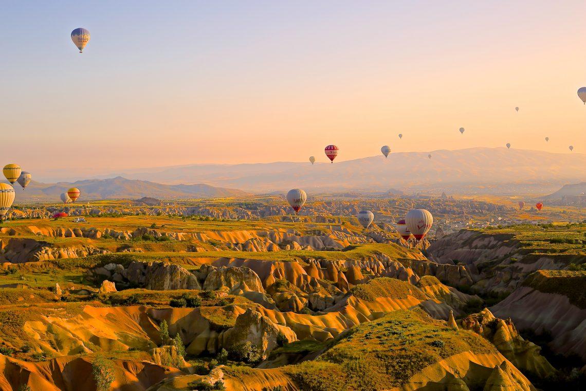 Hot air baloons over western Colorado