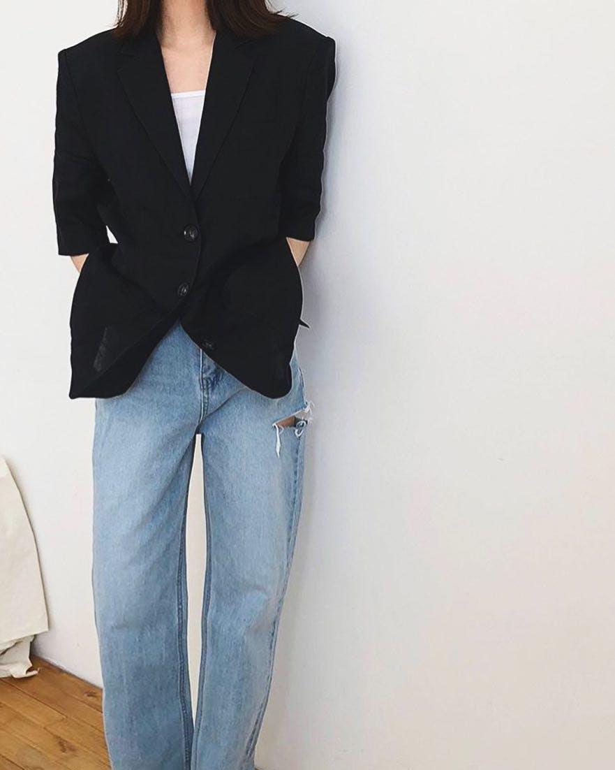 wide leg jeans, straight leg jeans